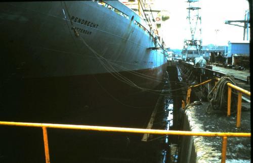 Pendrecht (4) in dok Japan.