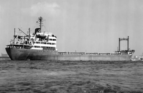 OSSENDRECHT passing Rozenburg 22.5.76 Malcolm Cranfield