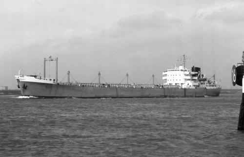 SLIEDRECHT passing Maassluis 30th May 1972 by Malcolm Cranfield
