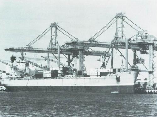 Mijdrecht (4) Containers lossen/ lade in Australia contatiners [640x480]