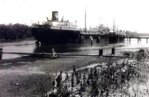 Woensdrecht (3) op Orinoco rivier